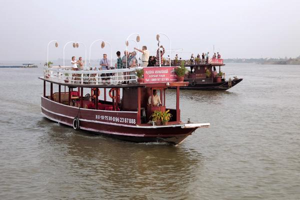 Phnom Penh tekne gezi